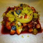 Milhoja de mascarpone con frutos rojos