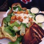 Caesar salad w salmon