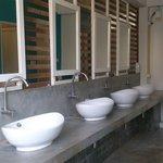 waschraum/ toiletten