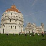 Pisa -Piazza dei Miracoli