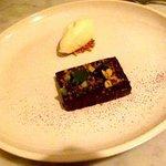 dark chocolate pave, pistachios, juniper & milk ice cream ... yum!
