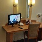Premier Inn LHR Bath Road - Room view