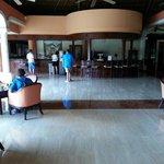 Colonial Lobby Bar