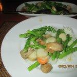 Sallops with asparagus/mushrooms