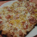 Pizza panna prosciutto e mais