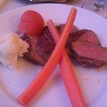 4. ret (lørdag): Steak med (lunken) garniture, kartofler og champignonsauce