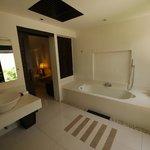 bathroom of the deluxe villa (room 325)