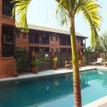 3ème bâtiment avec chambres supérieures/luxe donnant sur la 2ème piscine