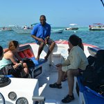 Everette teaching us before the first open water dive