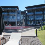 Das Hotel und der Pool