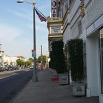 Outside hollywood historic hotel