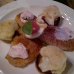 Schweinmedaillons mit Röstis und Blumenkohl