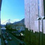 Vista dalla camera con il Ponte di Elisabetta (Erzsebet)
