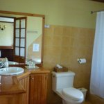 Carmenere bathroom