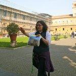 Emma providing details prior to entering the Vatican Museum/Sistine Chapel. Impressive knowledge