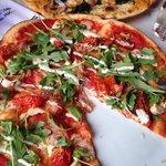 Rustichetta pizza (w/chicken)