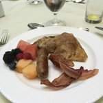 My Third Course, Langham Brunch: maple bacon and sausage, fresh berries, and a choc/strawberry c