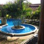 I love that pool.