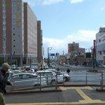 小樽駅前にある(左手の建物)