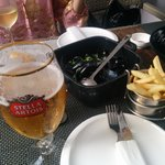 Mussels, beer and wine... just perfect