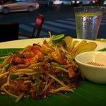 pad thai by night