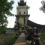 Leaning Tower of Inwa & vendors outside