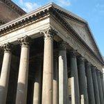 Pantheon stilts