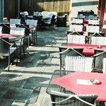 Terrasse vom Café Knaus Oensingen