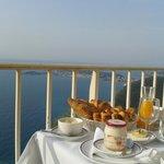 Petit déjeuner/vue mer