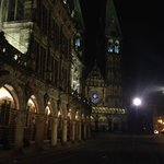 The town hall of Bremen and Saint Petri dome at night
