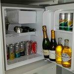 Versailles mini bar fridge