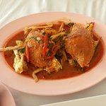 Flower crab in Thai red sauce