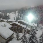 risveglio dopo la nevicata notturna...vista dal balcone