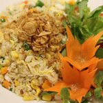 Fried rice (chicken/ seafood/ beef/ vegetable)