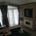 "40"" TV, Fireplace, Wii, DVD player, doors onto decking area"