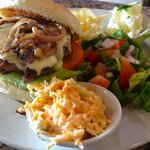 Our famous Cheeseburger!