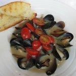 Prince Edward Island Mussels in Wine-garlic Broth
