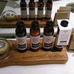 Bathroom toiletries - excellent selection and quality