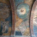 Великая романская базилика Сен-Сернен