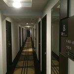 Couloir accès chambres 8ème étage
