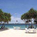restaurant/beach view
