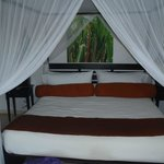 Room 54 King Bed