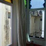 Ne pas ouvrir les rideaux ... !!!!