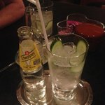 GIN AND TONIC IN THE BAR