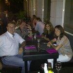 cenando al aire libre