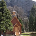Chapel short walk from Yosemite Lodge