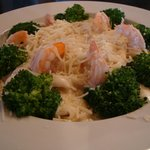 Jumbo Shrimp & Broccoli Alfredo