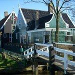 De prachige Zaanse huisjes op de Zaanse Schans