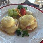 Eggs Benedict - Yummy!