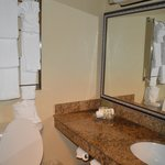 Banheiro pequeno mas prático